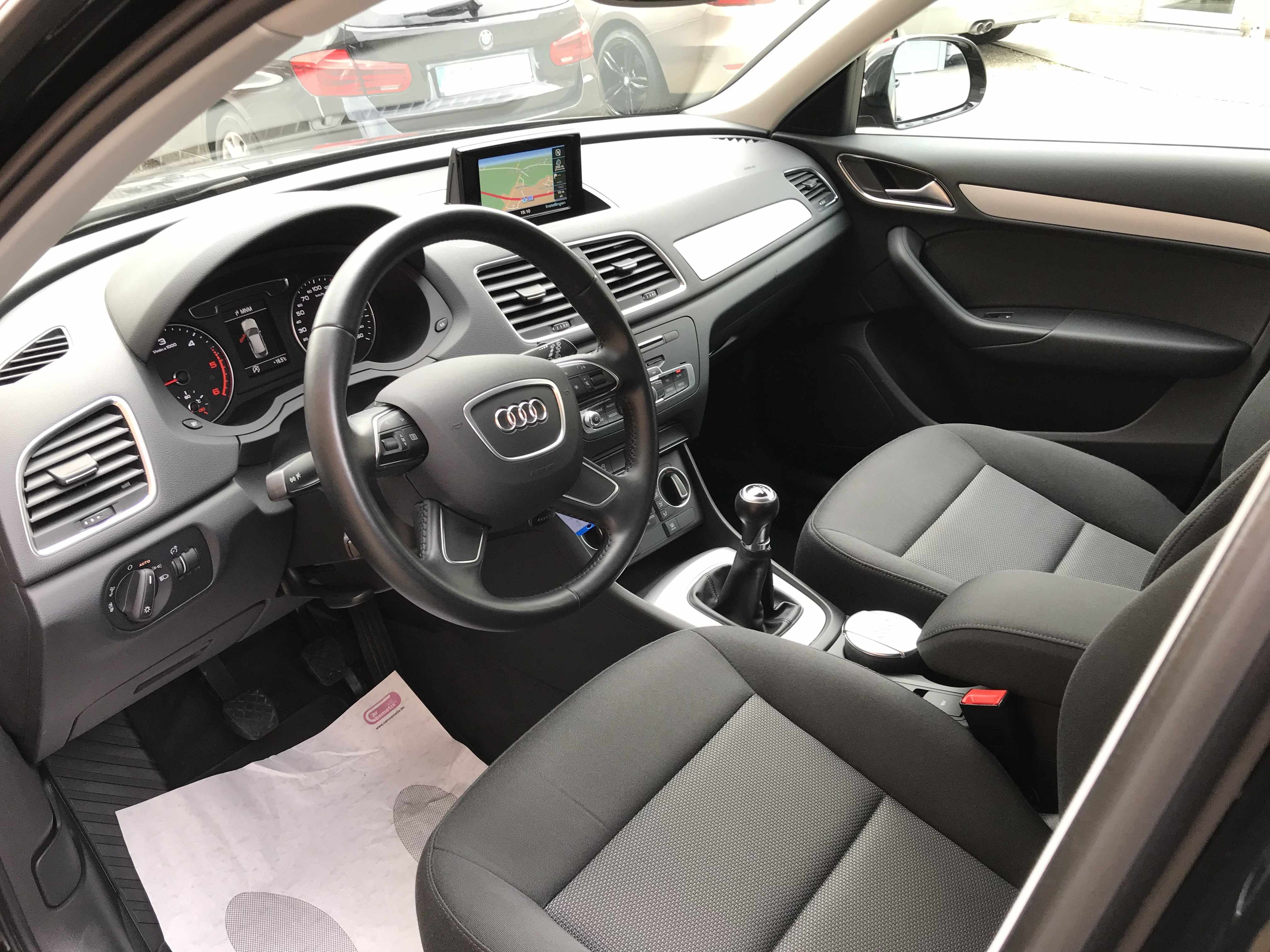 Audi Q3 2.0tdi als nieuw!!