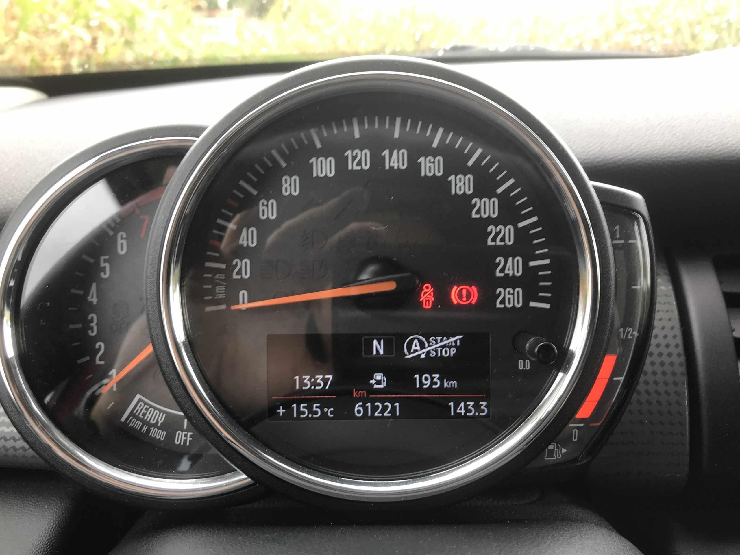 Mini cooper benzine navi 17″ garantie!!