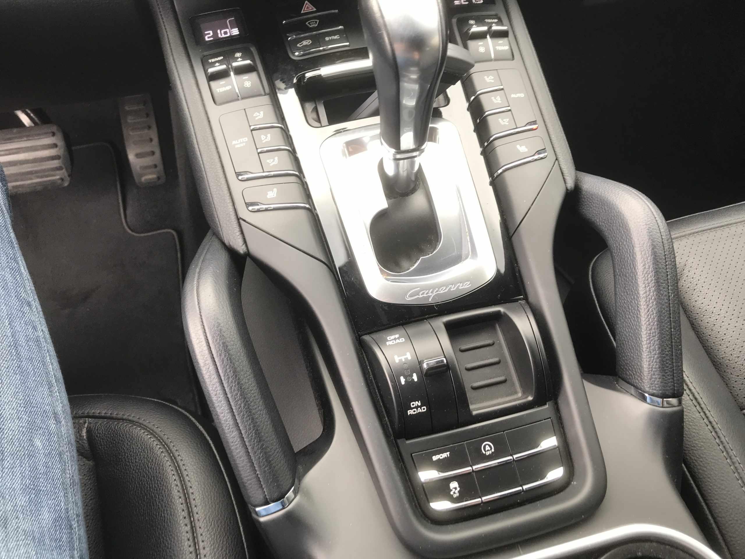 Porsche cayenne 21″ navi euro6